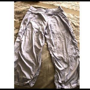 lululemon light purple crop pants RN 106259